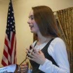 felicity-explaining-the-history-of-the-harp